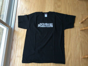 """JOSIE and the PUSSYCATS (men's XL t-shirt) """"Like New"""" ~ Only $4"""
