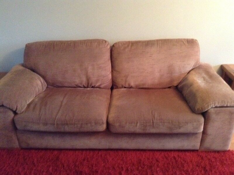 Brown Fabric 3 seater sofa with 2 matching chairs