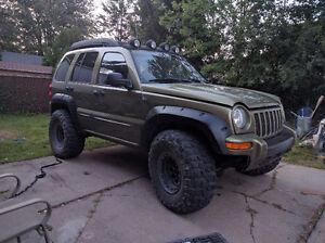 2004 Jeep Liberty Renegade 2500$ FERME