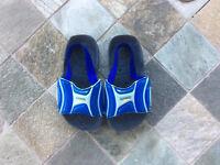 Speedo pantoufles Eur:23/US:7 dans la piscine