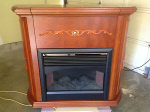 SOLID WOOD ELECTRIC FIRE PLACE AND BAR