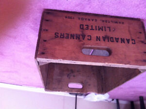1964   vintage canadian canners crate
