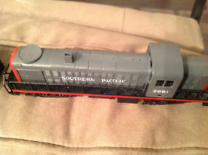 HO Train Set Great Condition