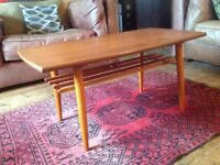 MID CENTURY RETRO 60s SOLID TEAK COFFEE TABLE