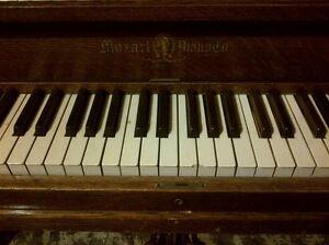 Piano upright antique Kitchener / Waterloo Kitchener Area image 4