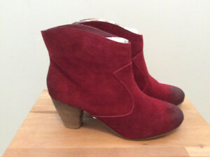 BRAND NEW Boho Beautiful Burgundy Suede Booties by Ecote