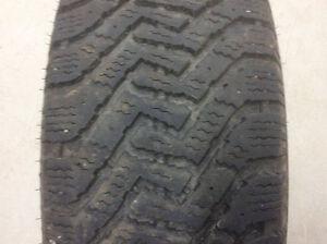 4 pneus d'hiver GoodYear - 17 pouces