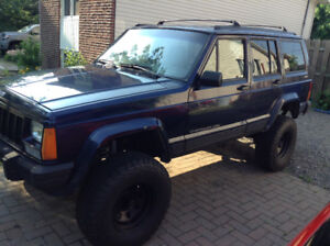 Jeep Cherokee Classic 1996 4.0L  H.O. 4X4 Prix revisé.