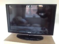 """Samsung 32"""" LCD HD TV (Excellent Condition)"""