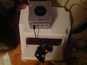 Gamecube and games for sale