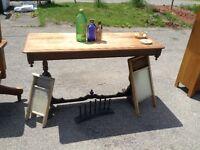 Table d'entrée antique