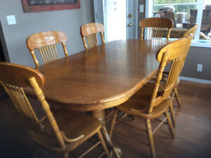 Oak table and eight chairs