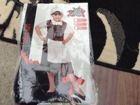 Tudor girl outfit