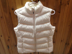"""WIND RIVER """"T-MAX / HYPER DRY"""" INSULATED VEST- SIZE SMALL"""