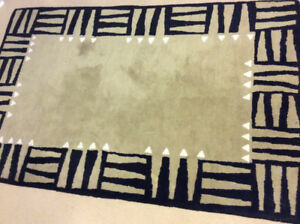 100% Wool Handknotted Rug