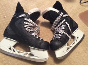 Reebok size 6 hockey skates