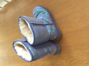 Sequinned Ladies Ugg Size 8