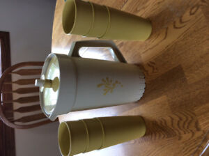 Vintage Tupperware pitcher and cups