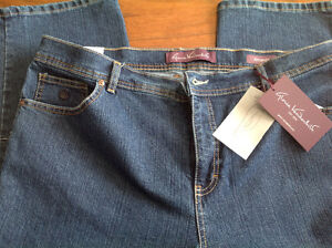 Women's jeans new size 18