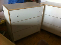 Commode - 3 drawer-chest   -    Canapé/Couch