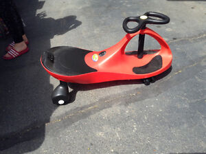 Kids ride on toy like new