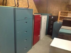 LOTS OF 2/3/4/5/6 DRAWER VERTICAL /LATERAL METAL FILING CABINETS Kitchener / Waterloo Kitchener Area image 3