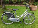 Ladies Dutch loop style bike with basket