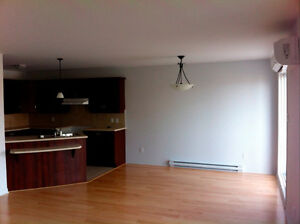 Beautiful Condo For Rent In Vaudreuil-Dorion