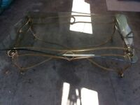 Lounge coffee table