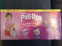 Girls x44 Huggies Pull-Ups - L (35-50lbs)