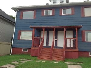 Character apt near Downtown !