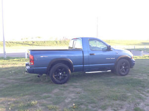 2003 Dodge Power Ram 1500 Blue Pickup Truck