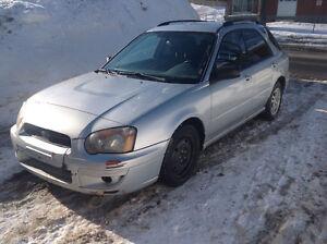 2004 Subaru Impreza Banc en tissu gris Familiale