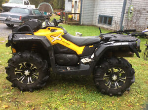 2014 Can-Am Xmr-1000 Yellow 3405 kms 1200 kms on tires. $11800.0