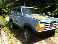 1989 Ford Bronco II SUV, Crossover