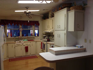 TRY AN OFFER On This Beautiful, Large, Manufactured Home Kingston Kingston Area image 1