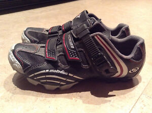 Woman's Specialized bike shoes
