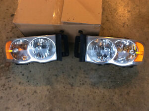 Dodge Ram 2004 front lights assembly used