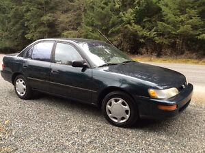 $2495 obo Exceptional, One Owner 1997 Toyota Corolla DX4 Sedan.