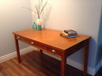 Desk for sale, very good condition.  $85.00