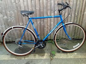 Peugeot city 080 men's road bike in good condition and serviced