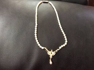 pearl necklace $50