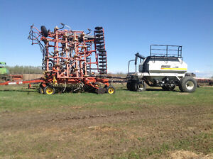 Air seeder and tank
