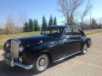 1959  Bentley S1 - Masons Black on St James Red