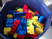 Lego mega blocks toddler boys girls toys approx 70 pieces