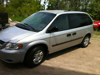 2005 Dodge Grand Caravan 161,500kms certified and etested