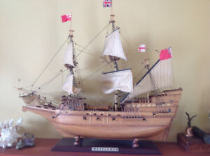 Wooden Model ship Mayflower