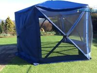 Gazebo pop up 12 ft diameter with mesh sides