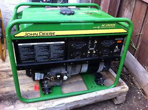 JOHN DEERE AC-G5010S PORTABLE GAS GENERATOR 120V/240V