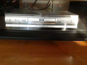 "36"" JVC TV, stand and DVD player Edmonton Edmonton Area image 3"